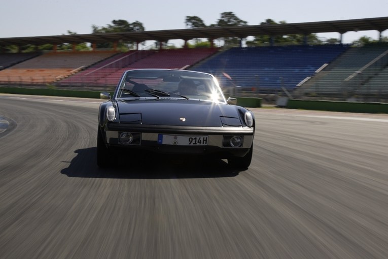 914-track-day1